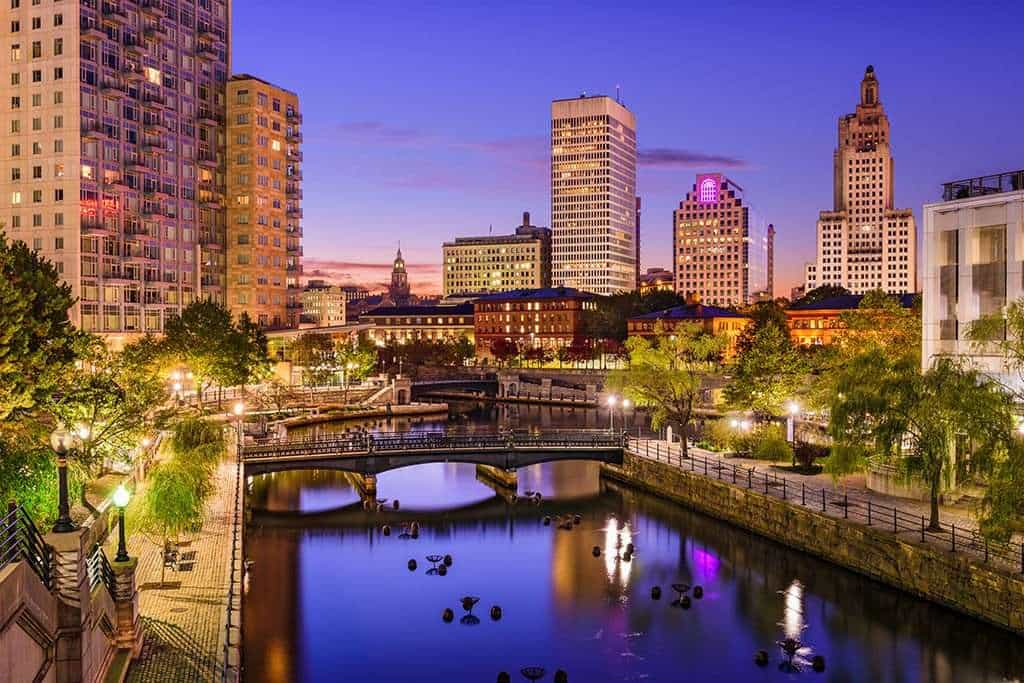 Top 50 US Cities To Enjoy Single Scenes - Clever Finance